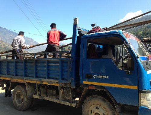 Spielplätze für Schulen in Nepal